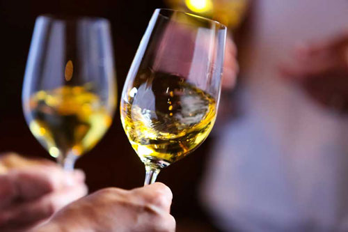 ヴァン・ジョーヌ一筋のワイン造りを行うシャトー・シャロン