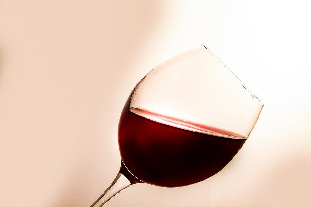 ブルゴーニュでもっとも女性的と例えられるワイン ミュジニー