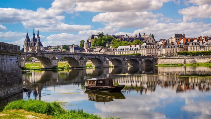 フランスの中央に位置するロワール地方のヴーヴレで造られるワインの特徴とは